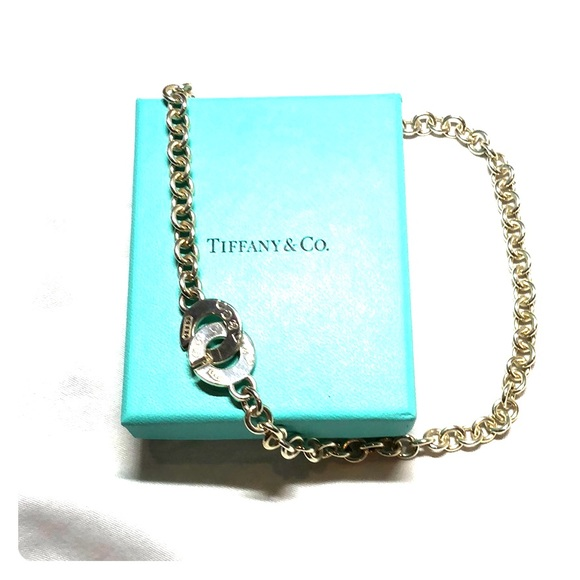 Tiffany & Co. Jewelry - Auth Tiffany 1837 circle clasp silver necklace